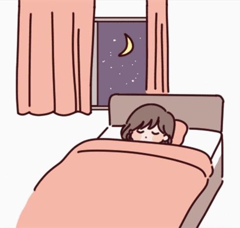 寝る前にレンズをつけて