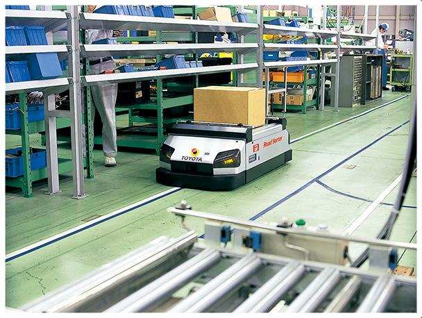 自動で荷物を運ぶ無人搬送車を導入しましょう