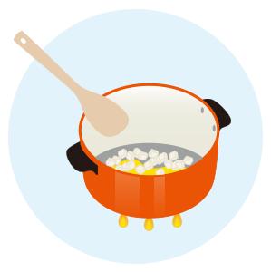 みじん切りの玉ねぎをきつね色になるまで炒める。