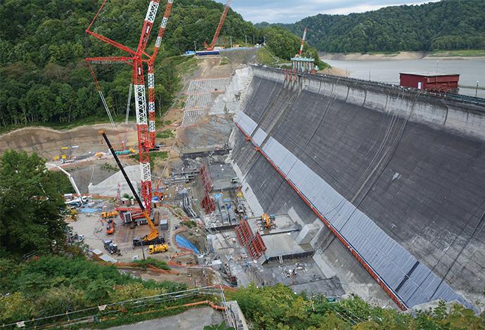 新桂沢ダム(北海道開発局)かさ上げ工事